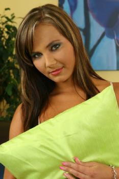 Shayla [TeenDreams.com]