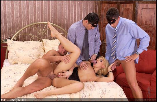 секс во дворце фото