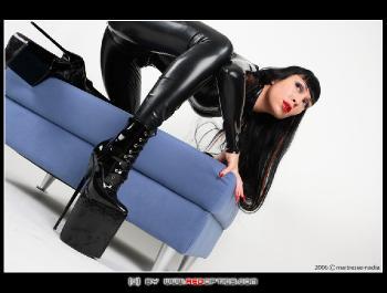 Mistress Nadia RedOptics.com