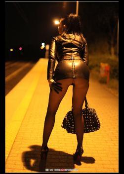 Dress To Impress RedOptics.com