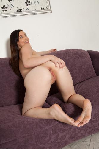 Noelle Easton - Horny Babe Noelle Easton Teases And Gets Naked Fingering Her Pussy (16-08-2013)