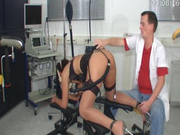 seks-s-meditsinskoy-maskoy-na-litse