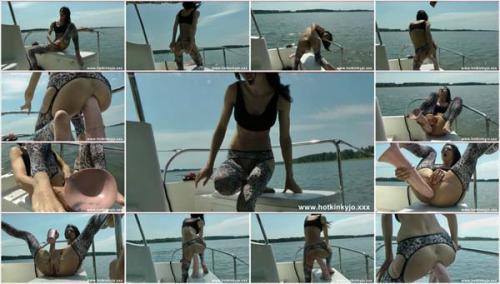 HotKinkyJo - Horse cock fuck on the boat movie (2012/HD)