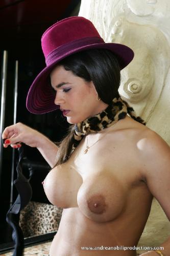 e05-18 - Camilla Jolie