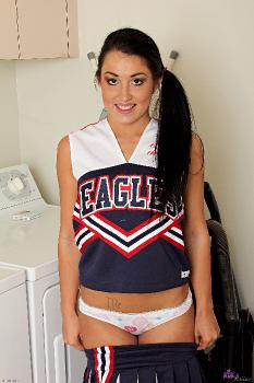 227998 - Lola Foxx uniforms