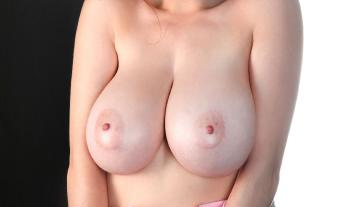 Tessa Fowler - Baby Pink Bra - Set 1
